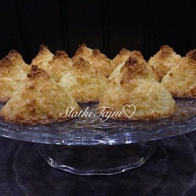 Piramidi od kokos ( bez gluten )