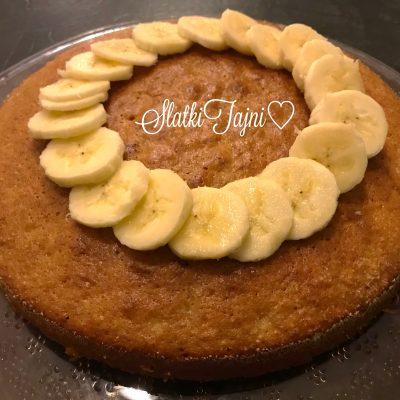 Socen kolac so banana