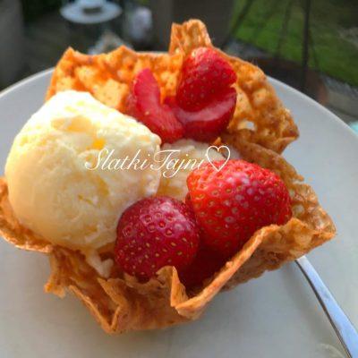 Slatki korpinja za sladoled!!