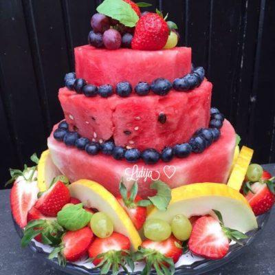 Ovosna torta na sprat