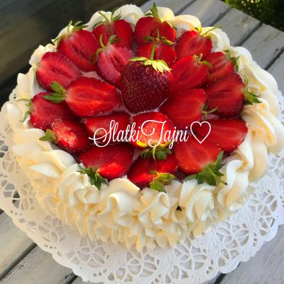 Ovoshna torta bez seker