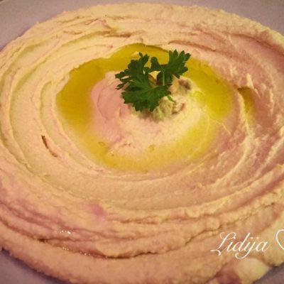 Libanski hummus za deca. Hrana za deca od 6 + meseci