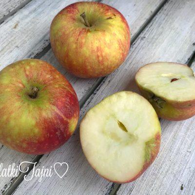 Ovošna kaša od jabolko i banana. Hrana za deca!!