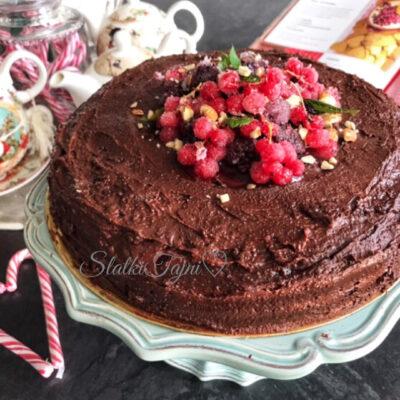 Posna cokoladna torta so marmelad od viśni!!