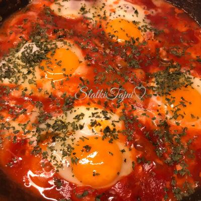 Jajca vo domaten sos i grav!!